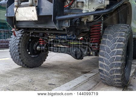 Suspension of the four-wheel drive pickup truck.
