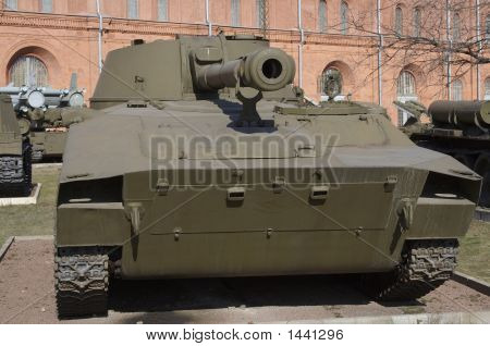 Tank 9