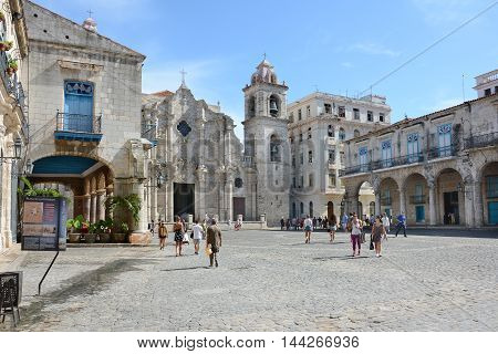 Cathederal Square Havana