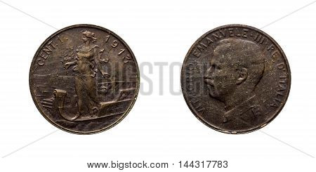 One 1 cent Lire Copper Coin 1913 Prora Vittorio Emanuele III Kingdom of Italy, Mint of rome, Italy on boat on front and Vittorio Emanuele III head on back