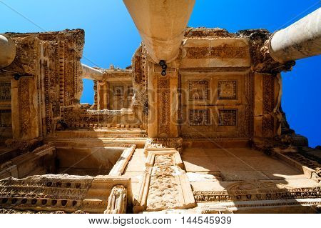 Library of Celsus architecture ceiling and columns Turkey
