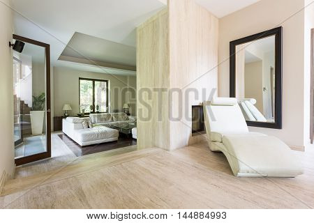 Deluxe Rest Spot In A Travertine Villa