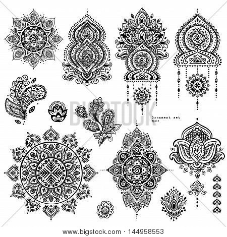 Vector set of Indian floral paisley ornaments. Persian Ethnic Mandala lotus icon. Henna tattoo style banners