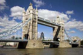 die Towerbridge, london