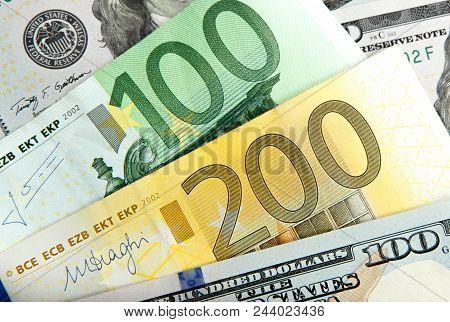 Close Up Notes Real Dollar Euro. Dollar And Euro Notes. Symbol Differences Euro Dollar.