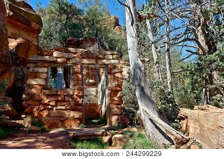 Some Old Ruins Along The Pendley Trail At Slide Rock State Park North Of Sedona Arizona. The Park Us