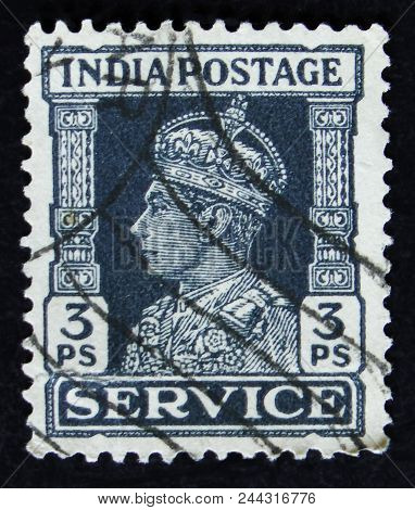 Moscow, Russia - April 2, 2017: A Post Stamp Printed In India Shows Portrait Of George Vi (1895 -195