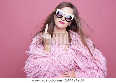 Nervous Outraged Posh Diva With Linked Teeth, Gestures Fuck You In Anger, Being Irritated On Boyfrie