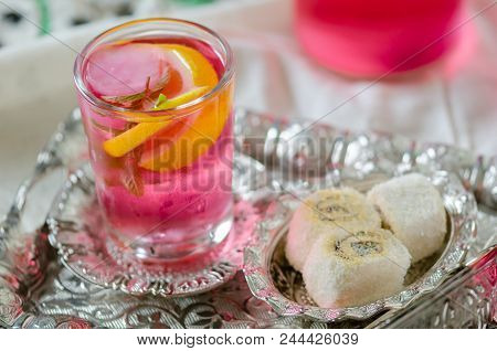 Turkish Delight And Turkish Traditional Ottoman Ramadan Sherbet Fresh Sherbet  With Lemon,sweet Basi