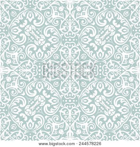 Classic Seamless Pattern. Traditional Orient Ornament. Classic Vintage Light Background