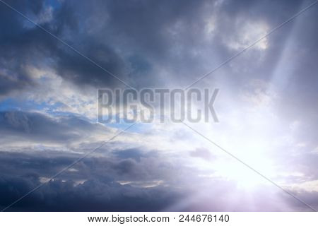 Evening Sky With Clouds And Sunny Rays. Sunset Of Sun. Sunset With Sun Rays. Beautiful Blazing Sunse