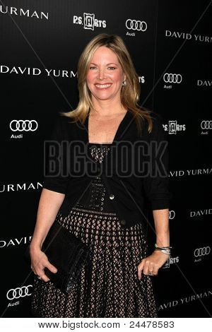 LOS ANGELES - OCT 18:  Maria Bell arriving at the PS Arts 20th Anniversary Event at the Sunset Tower Hotel on October 18, 2011 in West Hollywood, CA