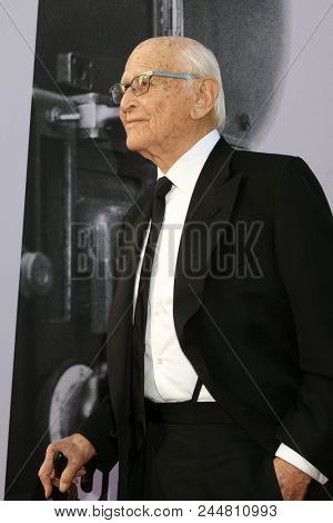 LOS ANGELES - JUN 7:  Norman Lear at the American Film Institute Lifetime Achievement Award to George Clooney at the Dolby Theater on June 7, 2018 in Los Angeles, CA