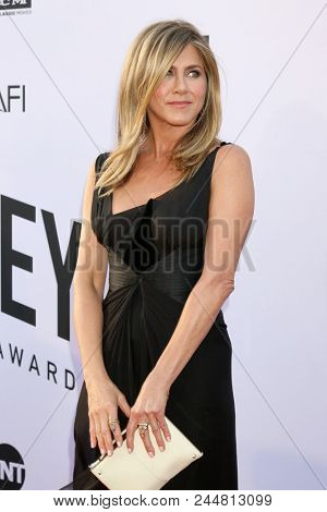 LOS ANGELES - JUN 7:  Jennifer Aniston at the American Film Institute Lifetime Achievement Award to George Clooney at the Dolby Theater on June 7, 2018 in Los Angeles, CA