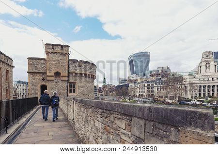 London, Uk - April 2018: Old Buildings And Towers In The Inner Ward Area Of Royal Palace And Fortres