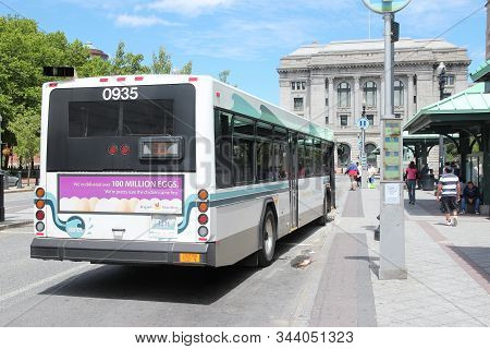 Providence, Usa - June 8, 2013: City Bus In Downtown Providence, Rhode Island. Providence Is The Cap