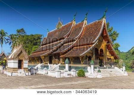 Wat Xieng Thong, Buddhist Temple, Luang Prabang, Unesco World Heritage Site, Laos.