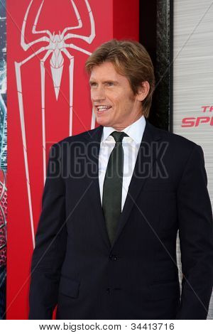 LOS ANGELES - JUN 28:  Denis Leary arrives at the