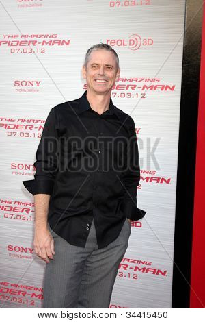 LOS ANGELES - JUN 28:  C. Thomas Howell arrives at the
