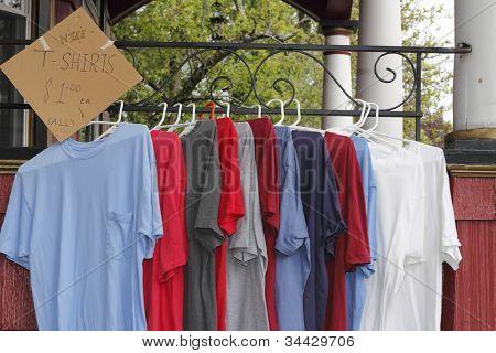 t Shirts für Verkauf im freien