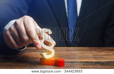 A Man Deals With His Opponent With A Paragraph Figure. Usurpation Of Power. Deserved Punishment Of T