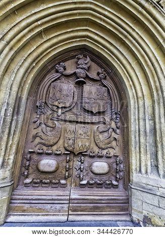 Bath, Somerset, Uk - December 1: Main Door To Bath Abbey In Bath On 1 December 2019 In Bath, Somerse
