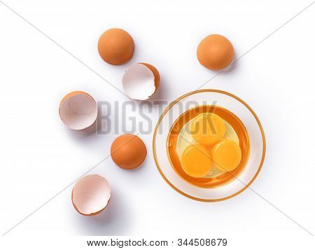 Top View And Close Up Image Of Organic Chicken Eggs Are One Of The Food Ingredients On White Backgro