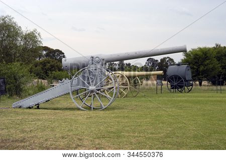 Historic Long Tom Cannon At The Womens Memorial In Bloemfontein, South Africa. A 5 Inch Cannon And A