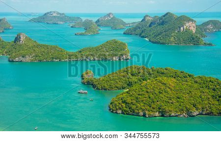 Viewpoint Peak In Ko Wua Ta Lap, In Mu Ko Angthong National Marine Park And Many Scenic Island At Ko
