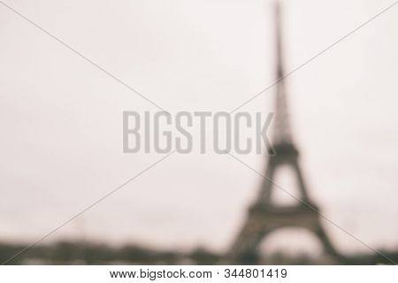 Blurry Shot Of The Eiffel Tower In Paris With Copy Space - Landscape - Monotone - Defocused