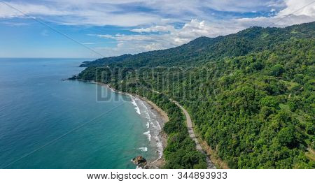 Beuatiful Playa Hermosa, Puntarenas, Osa, Costa Rica.