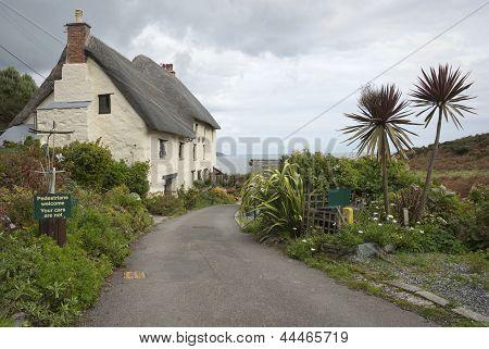 Seaside Cottage In Cornwall Uk