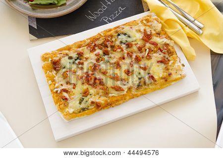 Pesto Marguarita Pizza
