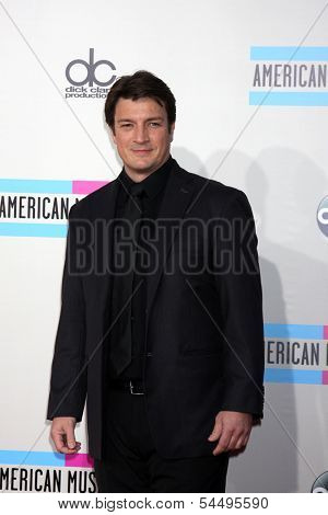 LOS ANGELES - NOV 24:  Nathan Fillion at the 2013 American Music Awards Arrivals at Nokia Theater on November 24, 2013 in Los Angeles, CA