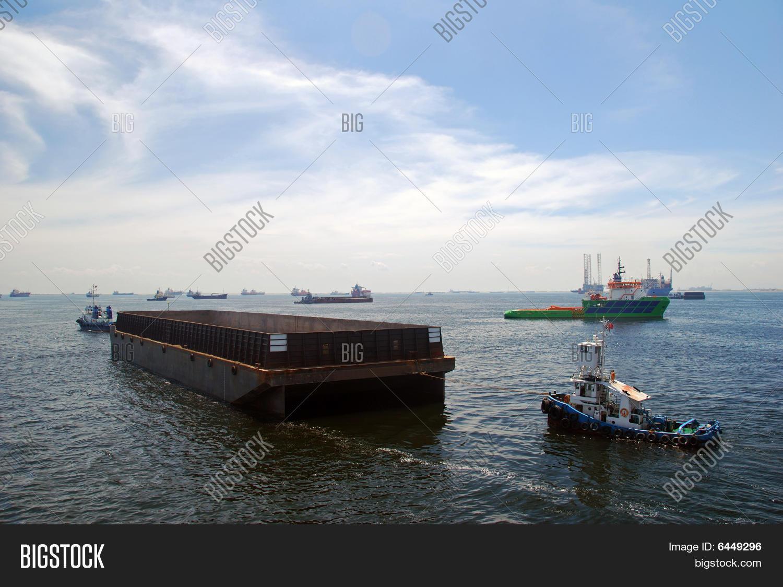 Tug Barge Singapore Image & Photo (Free Trial) | Bigstock