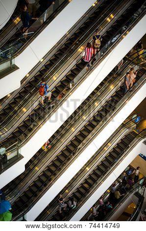Bangkok, Thailand - September 12, 2013: Crowd On Escalator At Terminal21 Shopping Mall