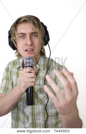 Singing Whilst Monitoring