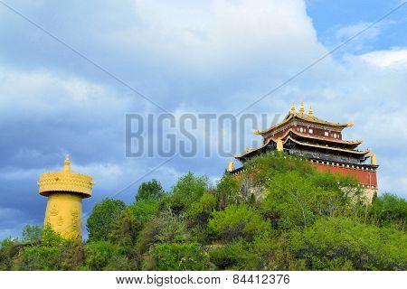 Biggest Buddhist prayer wheel, Shangri La , China