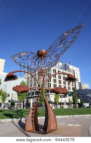Reno, Usa - August 12: Portal Of Evolution Sculpture In Downtown Plaza On August 12, 2014 In Reno, U