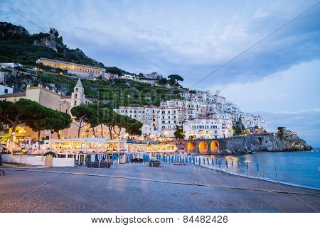 Sorrento. Sorrento is one of the towns of the Amalfi Coast