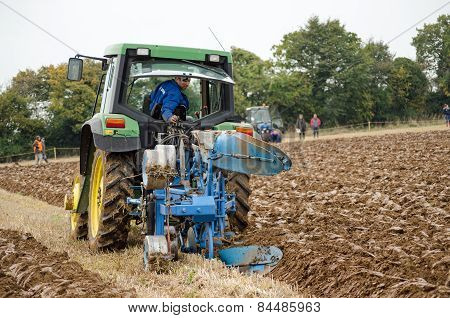 One Way Ploughing Competitor
