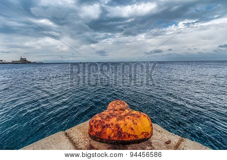 Lonely Mooring Post