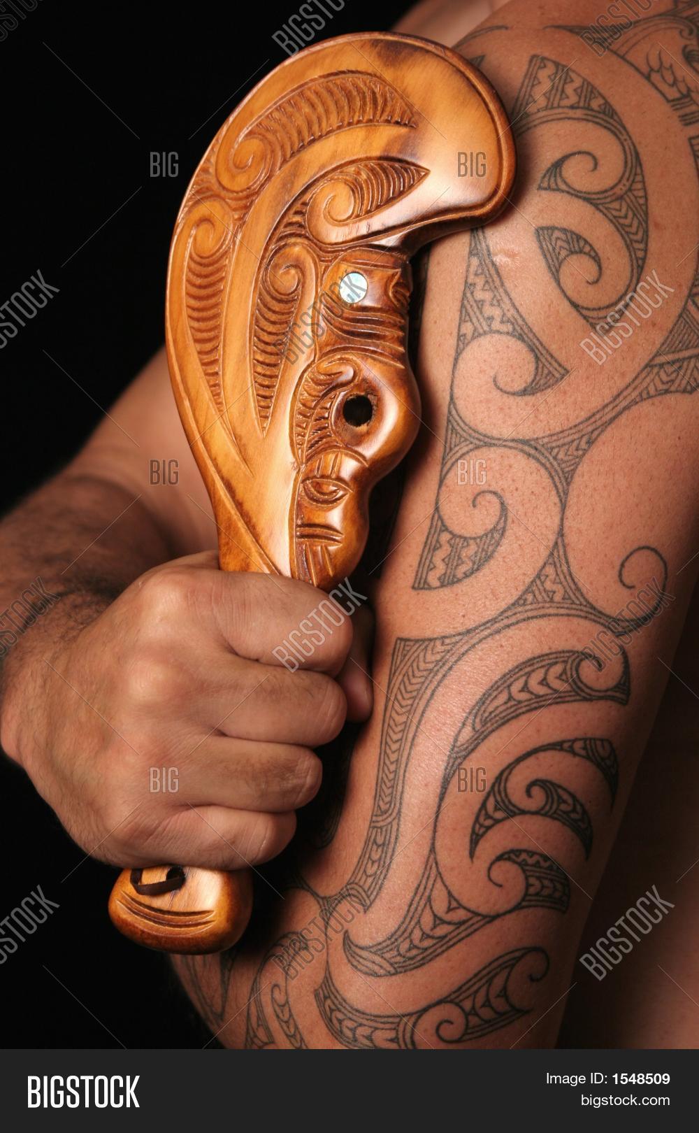 Imagen Y Foto Disenos De Tribus Prueba Gratis Bigstock - Tribus-maories