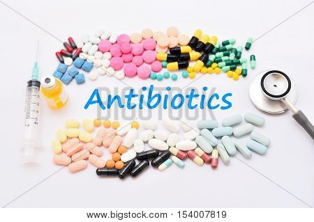 Various of antibiotics for infection (bacteria) disease