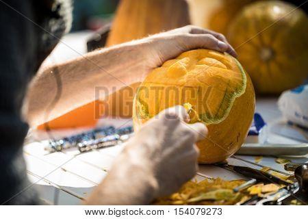 Helloween Pumpkin Carving