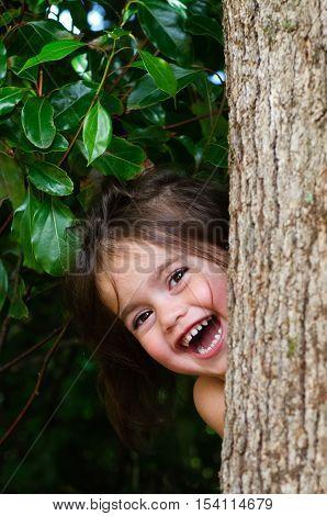 Girl Play Hide And Seek