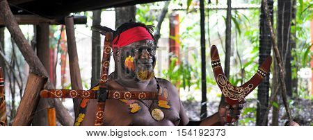 Yirrganydji Aboriginal Warrior Explain About The Different Kinds Of Boomerangs