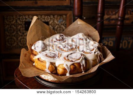 Cinnamon rolls with thick cream cheese frosting