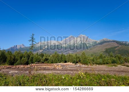Beautiful Lomnica view in slovakian high Tatra mountains. Summer panorama with great weather and blue sky. Lomnicky stit