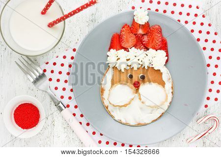 Funny santa pancake - Christmas breakfast idea for kids